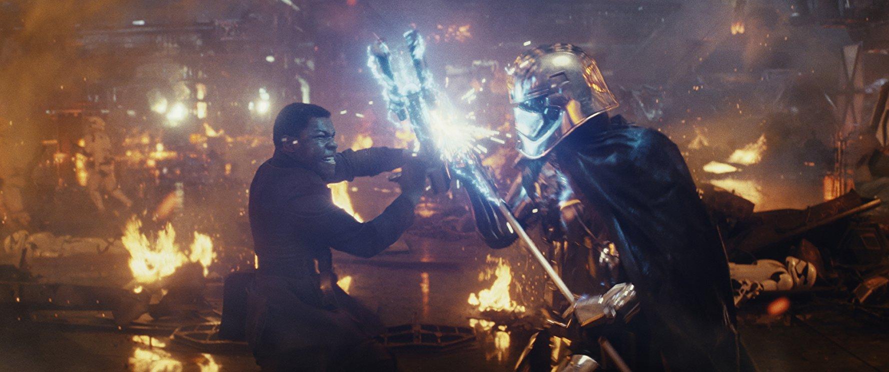 A Star Wars Az utolsó Jedik részében érdekes út áll a karakterek előtt.