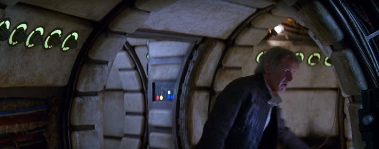Az utolsó Jedikben már leharcolt állapotban van Han Solo hajója.