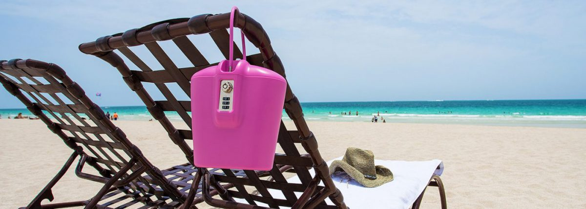 A Safego egy könnyű széf, ami kibírja a strandozást és a túrázást is.