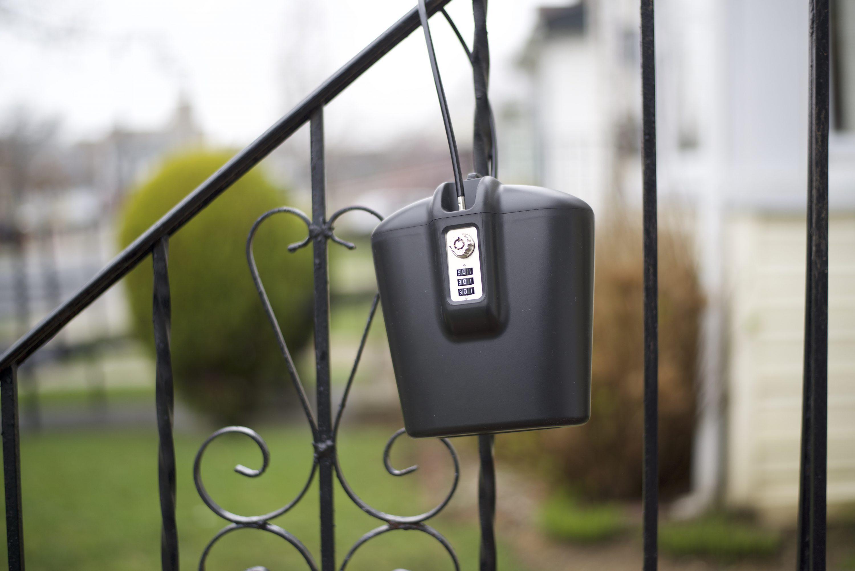 A Safego széf egy lánc segítségével bárhol rögzíthető.