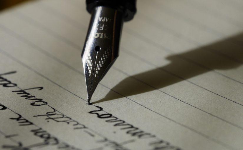 Egész világokat alkotok, hogy néha kisírhasd magad, mennyi karakter boldog befejezése zuhant a szemetesbe miattad.